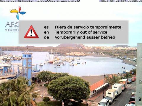 Playa y puerto de Las Galletas